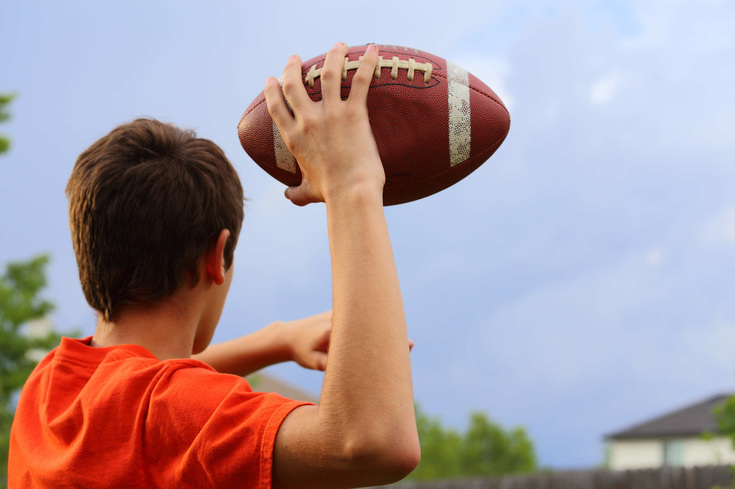 Football throw - First Pitch | Pitching Machines | Free US Shipping